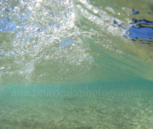 wave_break_underwater
