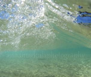 wave_break_underwater