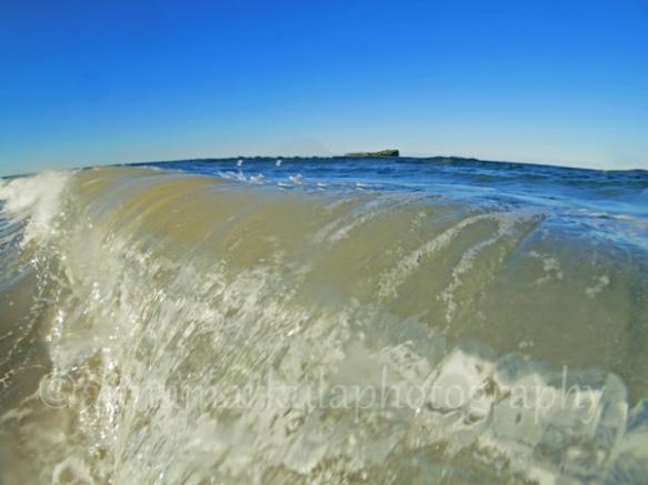 breaking_wave_Mudjimba