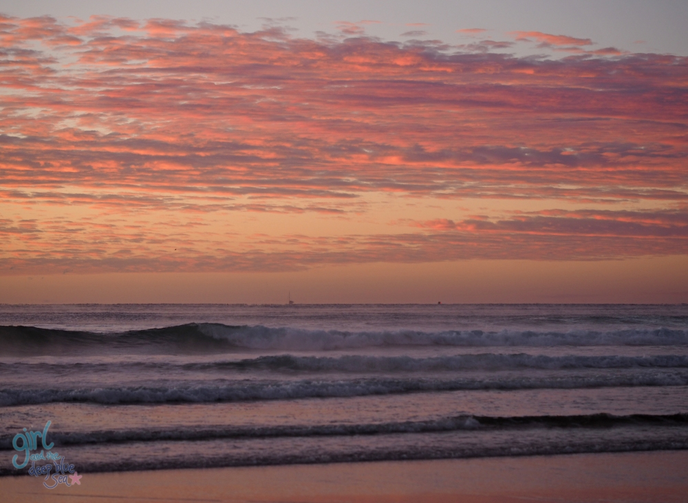 pink_clouds_purple_ocean