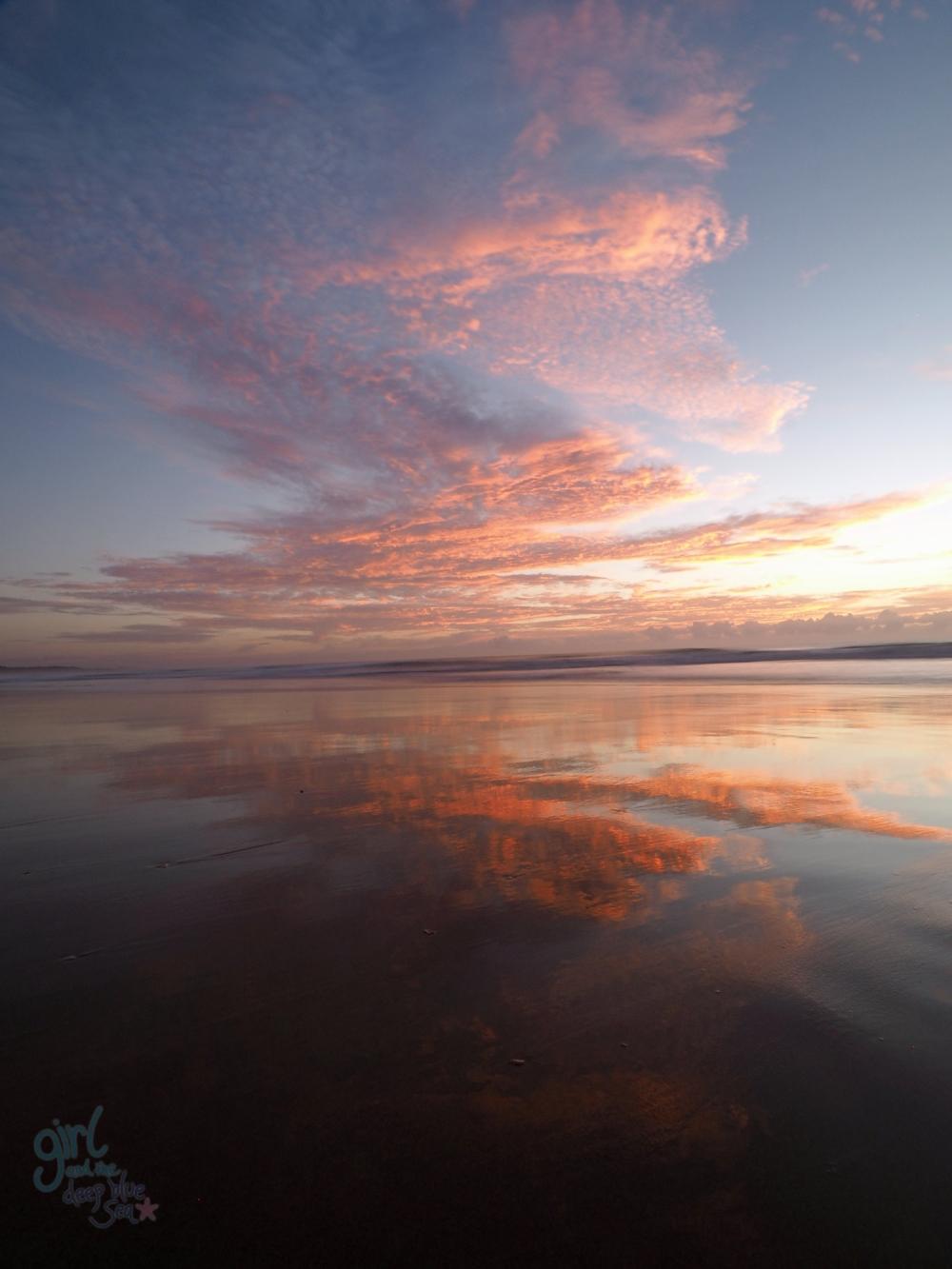 cloud mudjimba sunshine coast beach sunrise